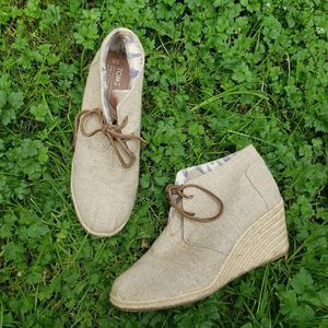 Toms Wedge Ankle Booties Natural Burlap Canvas 9